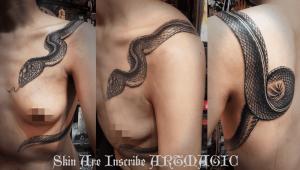 蛇・タトゥー・刺青・女性・船橋